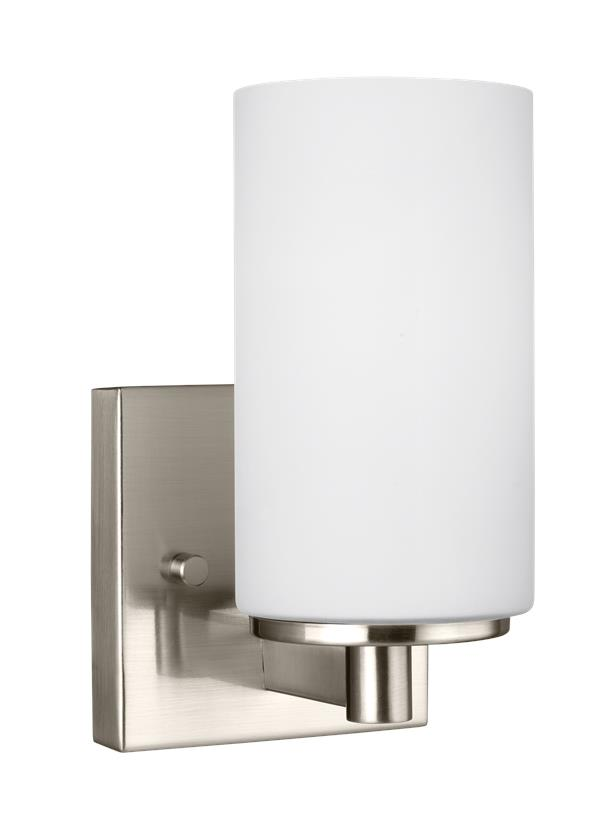 Hettinger One Light Wall / Bath Sconce
